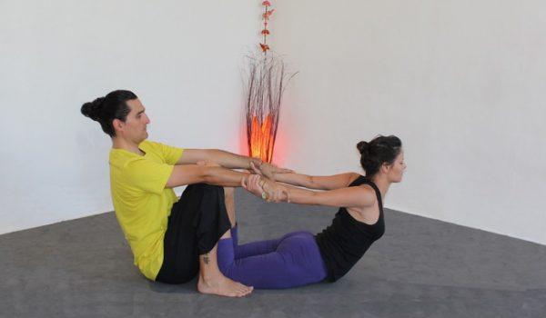 stretching hindu usera, legazpi, orcasitas, almendrales, villaverde y san fermin